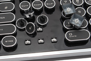 """""""MX-Tastenkappen"""" (rechts) können nicht verwendet werden"""