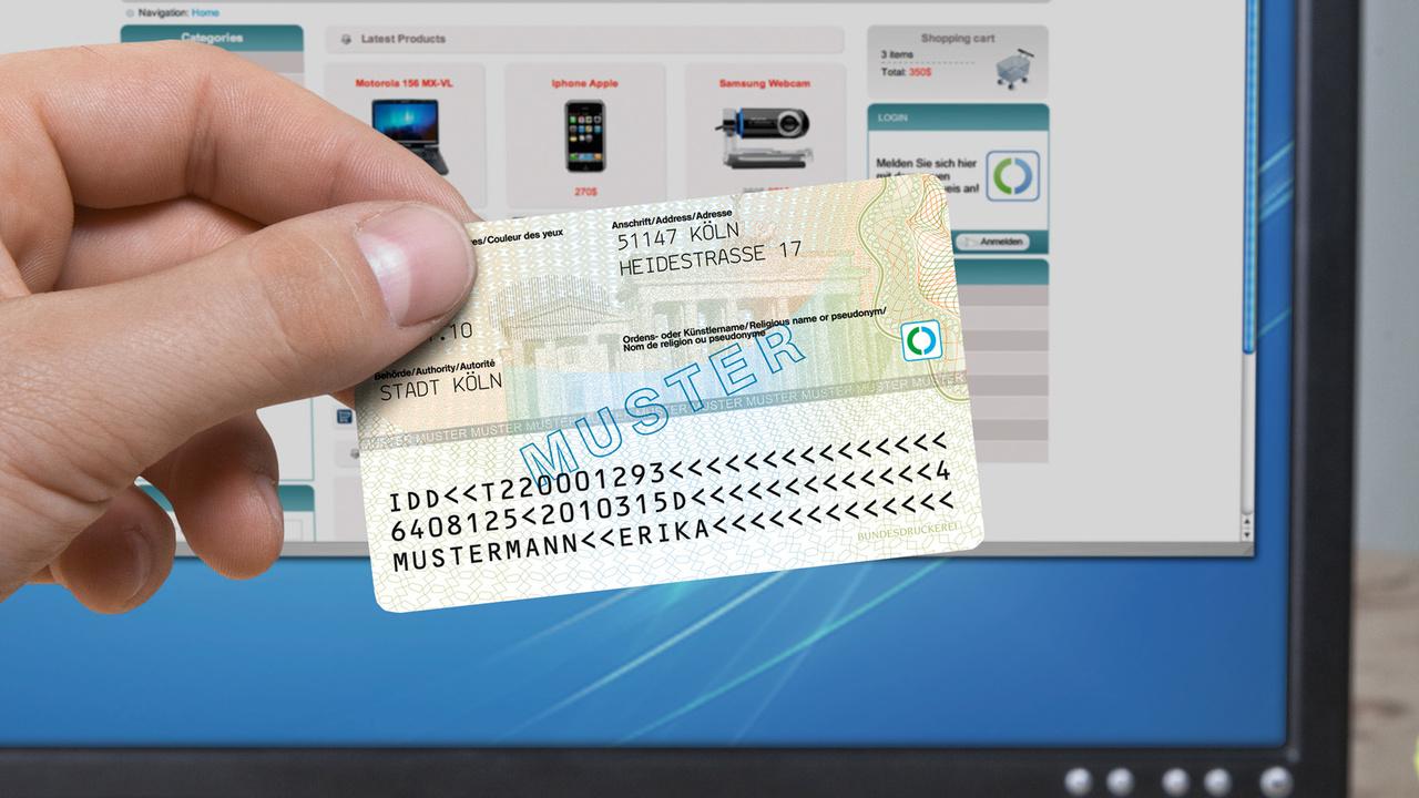 Bundesregierung: Online-Funktion als Standard für den Personalausweis