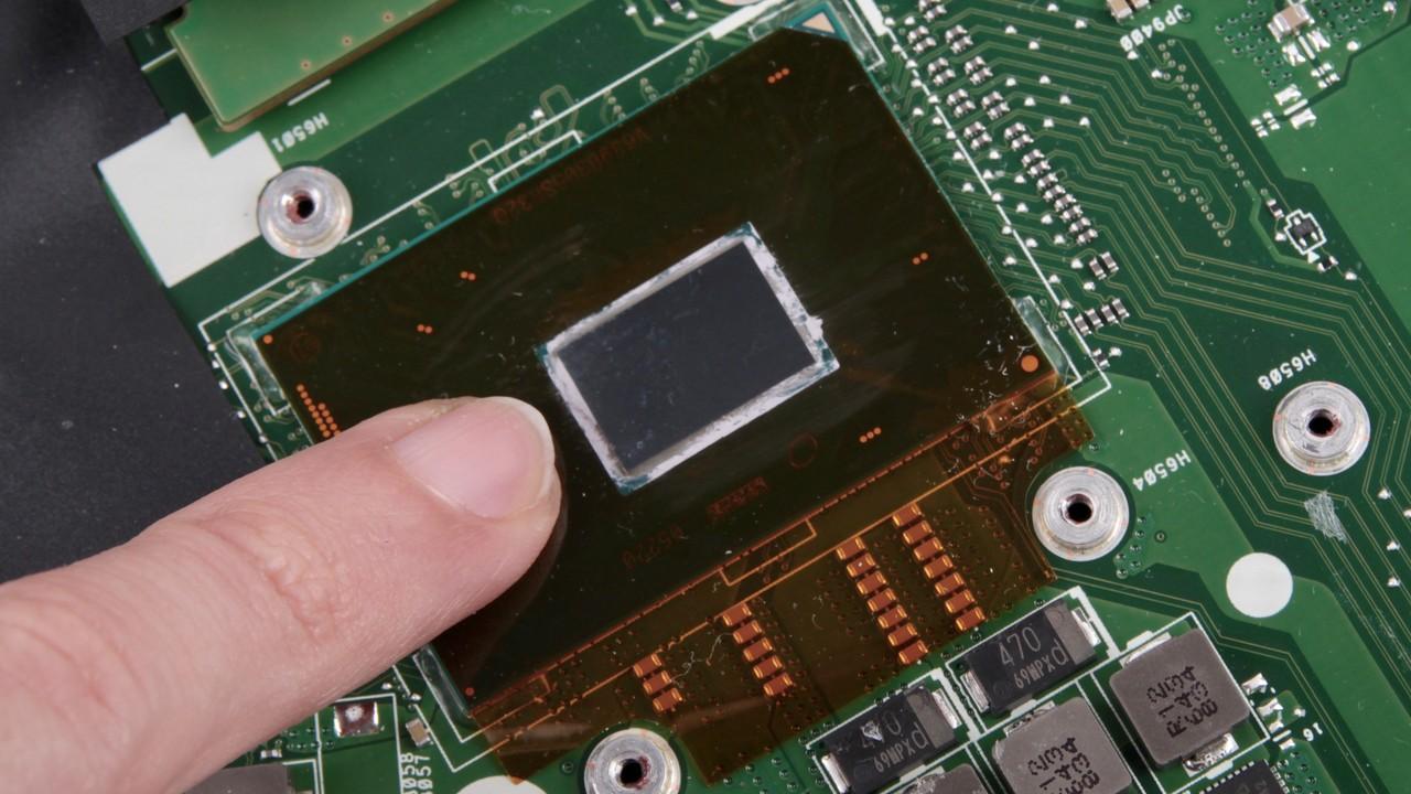 Core i7-7700HQ & i7-7820HK im Test: Kaby Lake-H für Notebooks mit und ohne offenem Multi