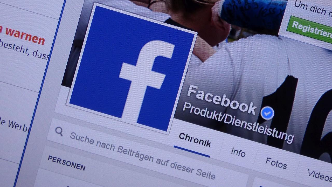 Fake News: Regierung will Gesetze für Facebook verschärfen