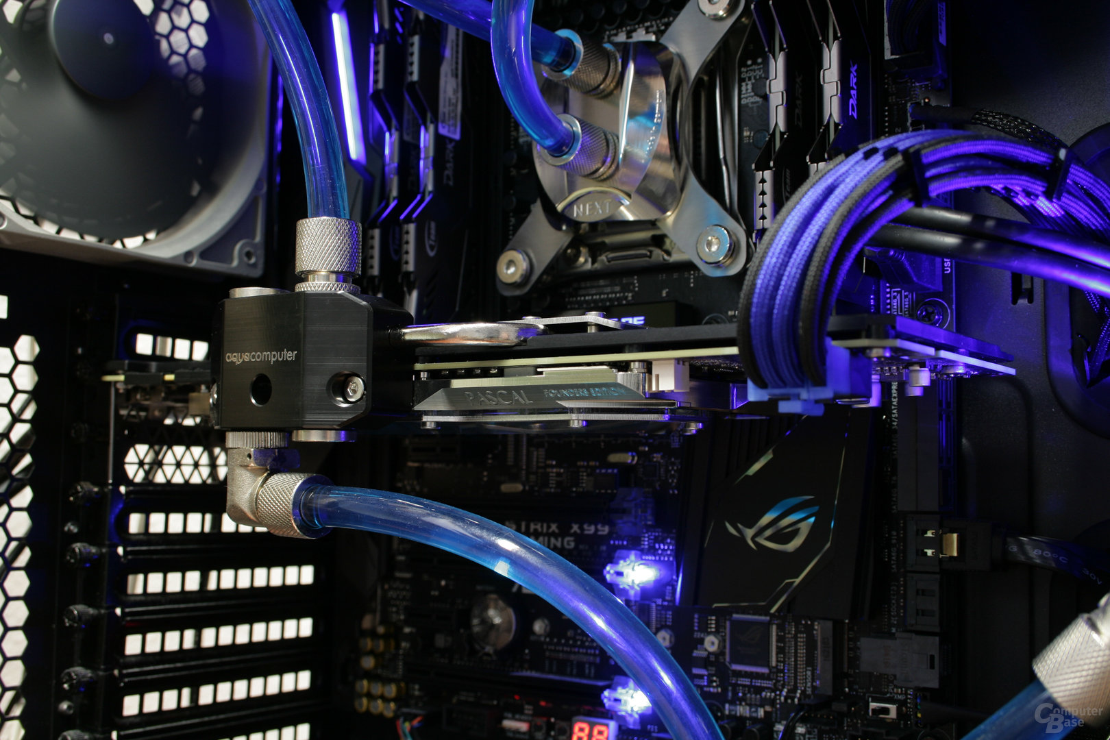 GeForce GTX 1080 mit Kryographics und aktiver Backplate