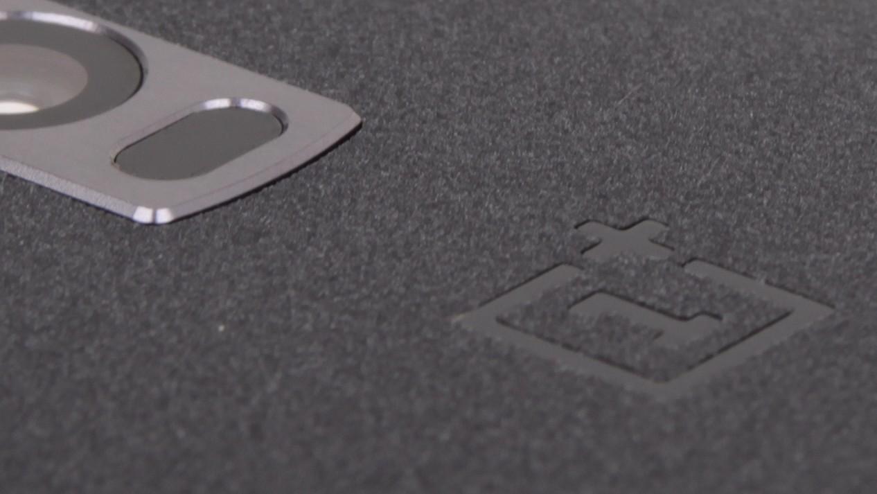 OxygenOS 3.5.5: Neuer Patchlevel und altes Android für das OnePlus 2