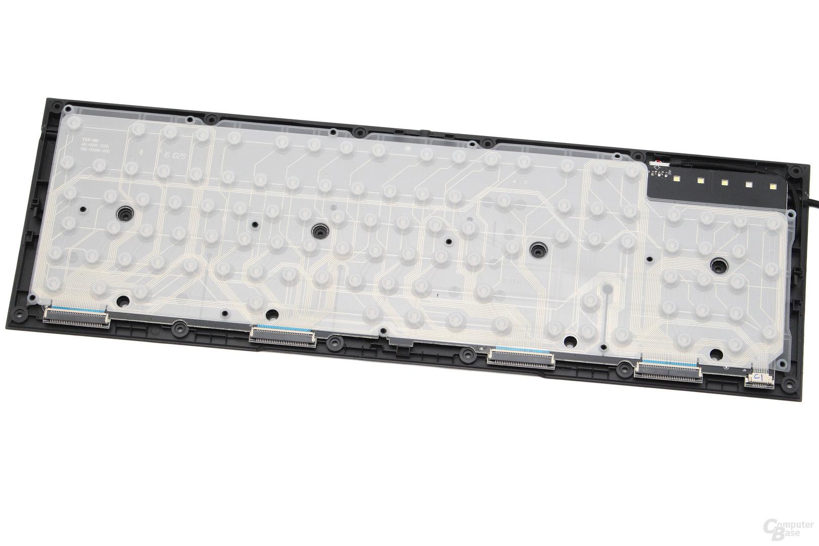 Bis auf das PCB ist die Ornata eine gewöhnliche Rubberdome-Tastatur