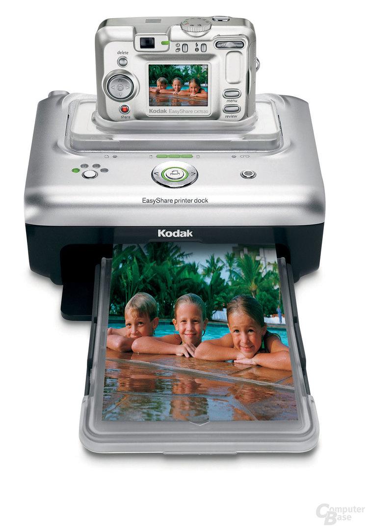 Kodak EasyShare CX7530 mit EasyShare Kamerastationen