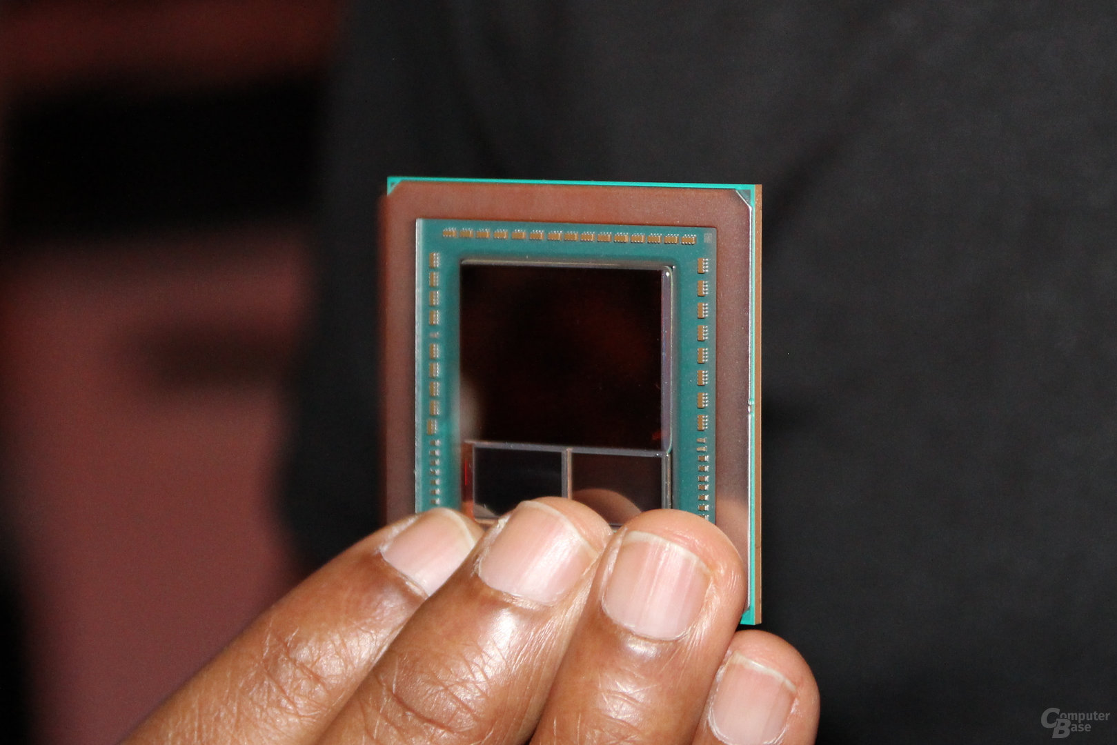 AMD Vega(10?)-GPU mit HBM2-Stacks