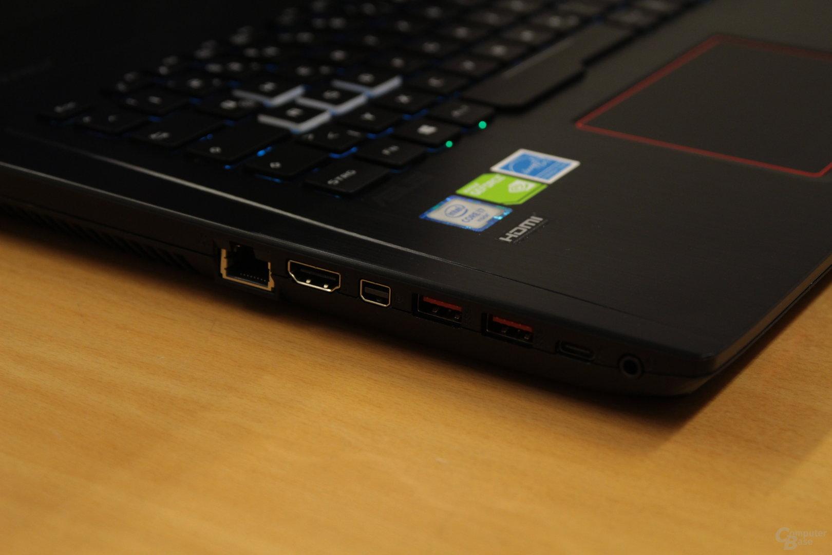 Links Ethernet, Mini-DisplayPort, zwei Mal USB Typ A und USB Typ C