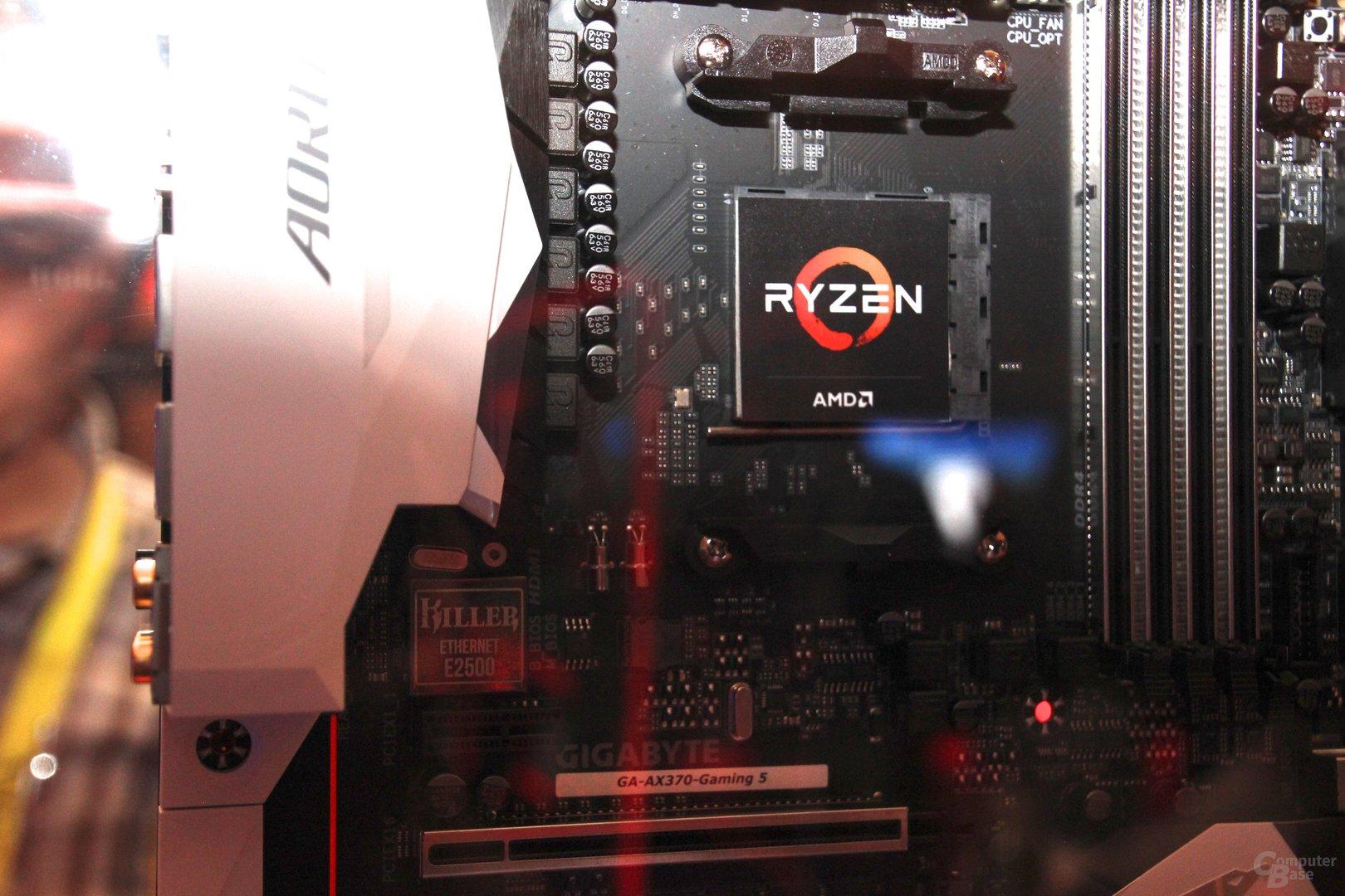 X370-Mainboards von AMD-Partnern