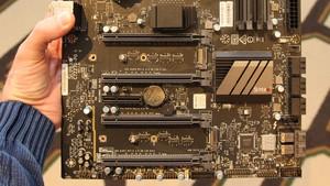 Supermicro C7Z270-PG: 56 PCIe-3.0-Lanes und Doppel-U.2 für Kaby Lake
