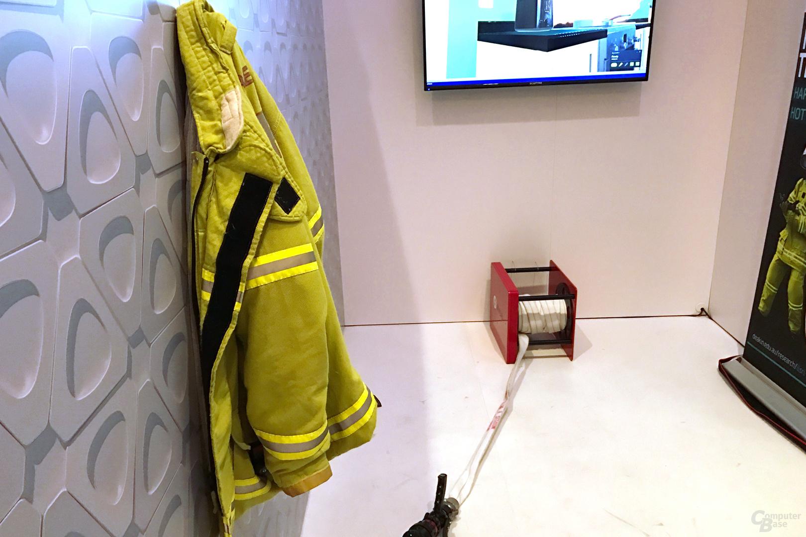 Feuerwehrjacke mit Zugsystem
