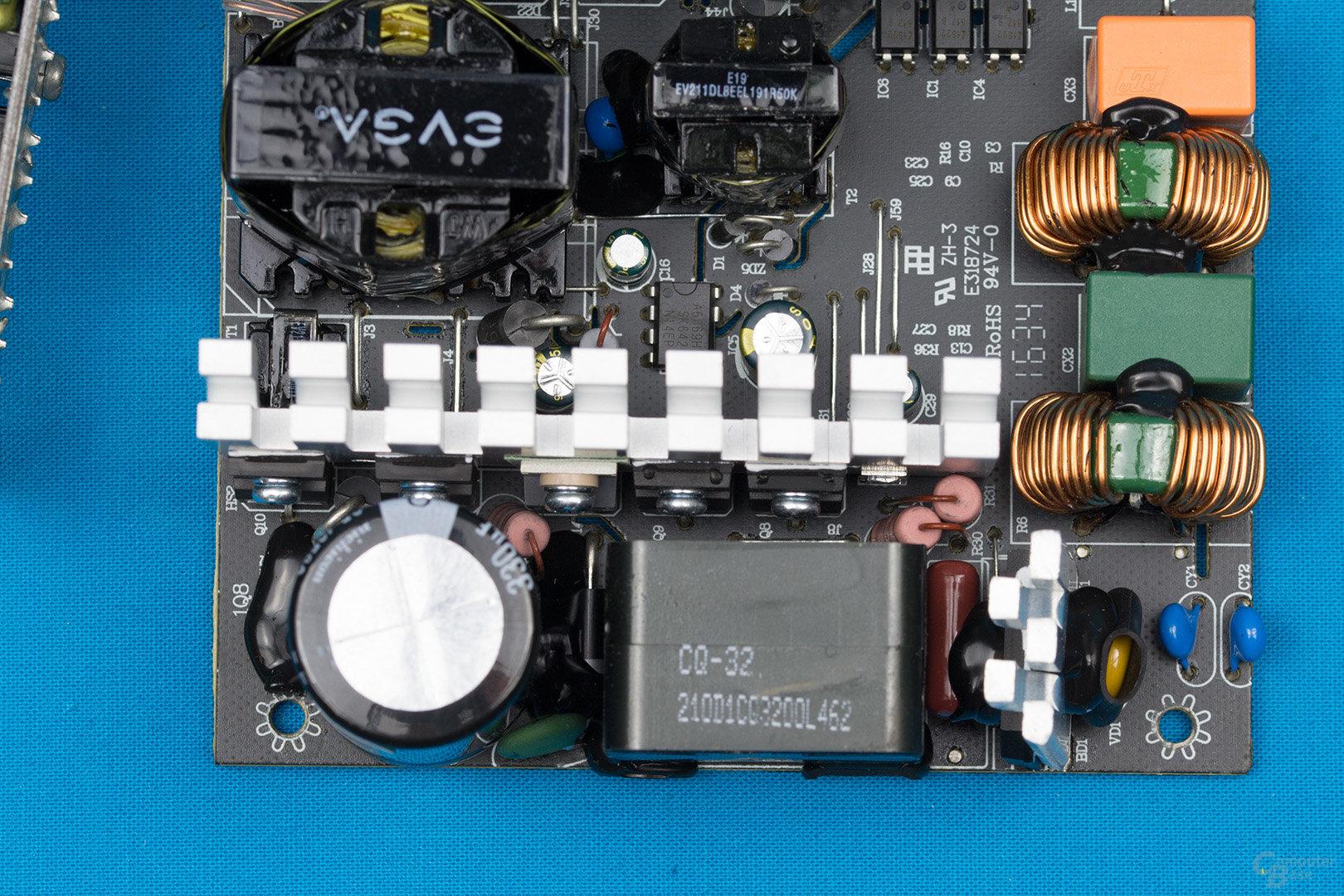 EVGA 500 BQ – APFC und Double Forward Konverter