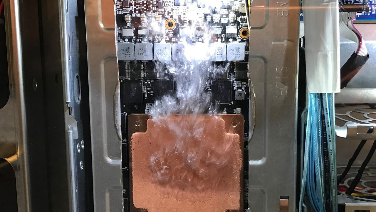 Gigabyte: Flüssig gekühlter Server ohne Pumpeneinsatz