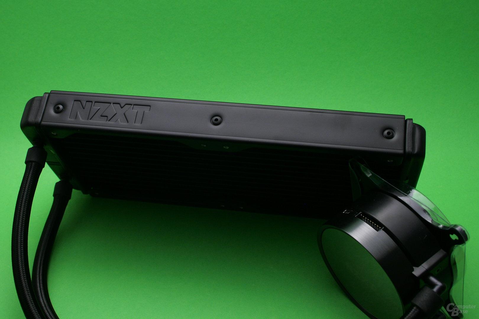 NZXT Kraken X52: Radiator mit Herstellerlogo
