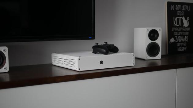 Zaber Sentry: Schnelle PC-Hardware im Formfaktor der XboxOne