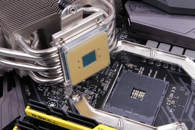 Auch bei Ryzen zieht man oft noch die CPU mit dem Kühler aus dem Sockel