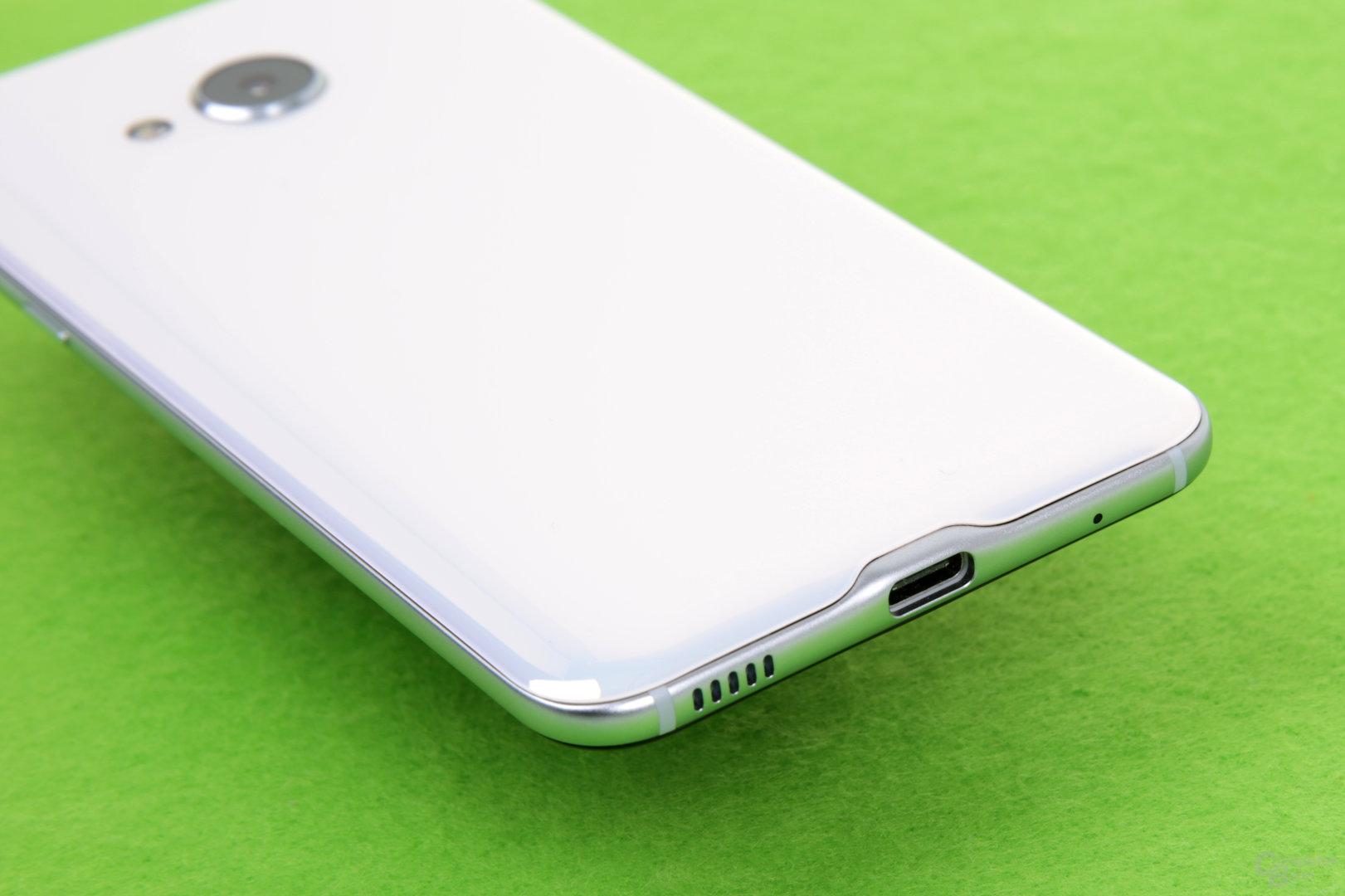 USB 2.0 Typ C ersetzt auch 3,5-mm-Klinke