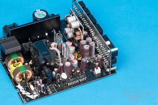 Bitfenix Whisper M 450W – Sekundärseite