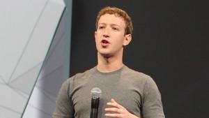 """Mark Zuckerberg: """"Ich sorge mich um Filterblasen und Fake News"""""""