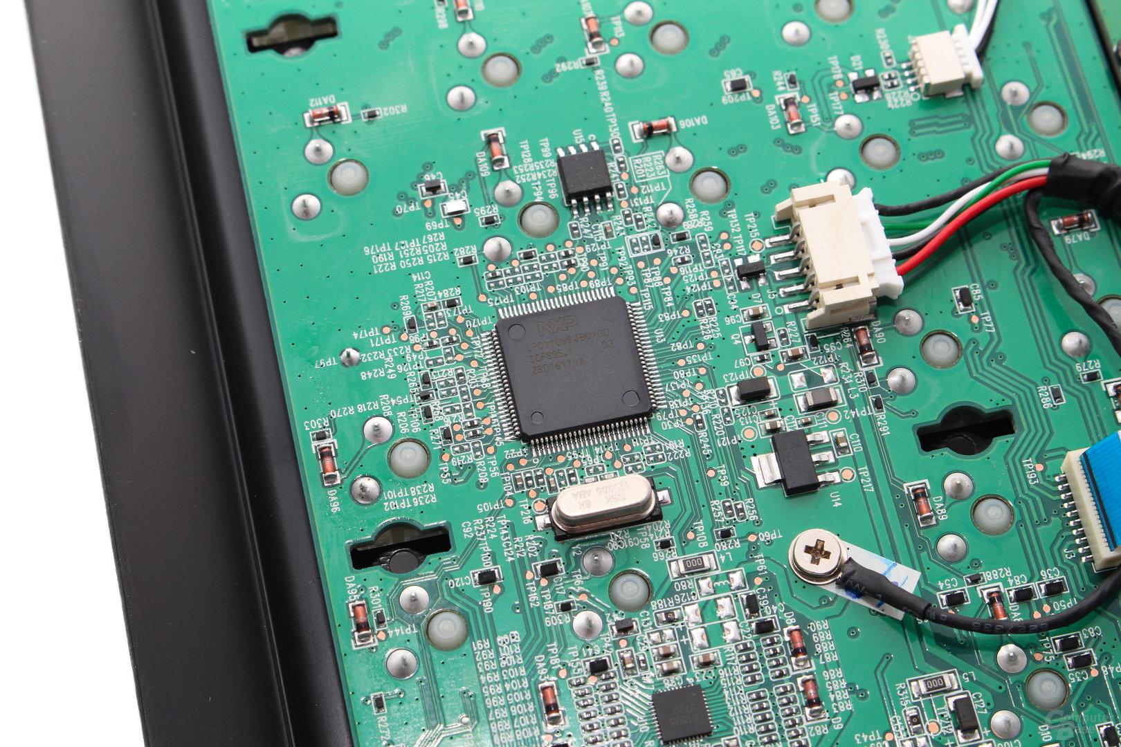 Der Mikrocontroller stammt von NXP (LPC11U68)