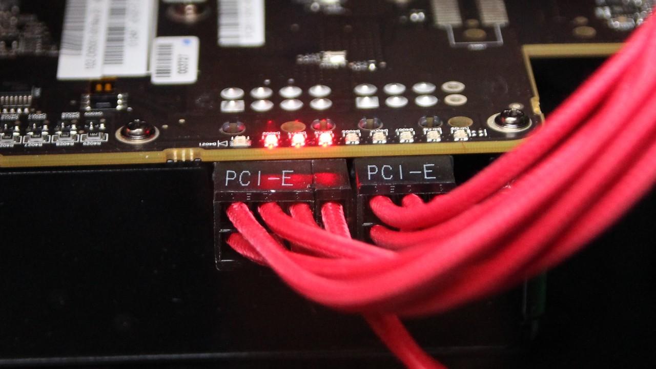 AMD Vega: Entwickler-Grafikkarte nutzt 8- und 6-Pin-PCIe