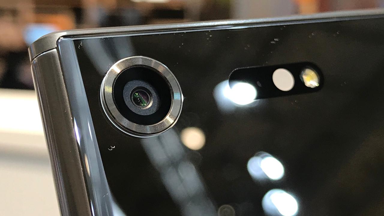 Zeitlupe: Sony Xperia XZ Premium und 960-FPS-Kamera ausprobiert