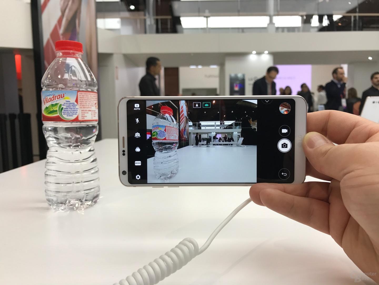 LG G6 mit aktivierter Weitwinkel-Kamera fängt auch Randbereiche noch ein