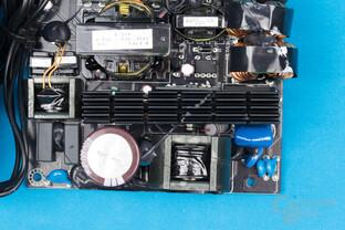Enermax Platimax D.F. 500W – APFC und LLC-Halbbrücken-Konverter