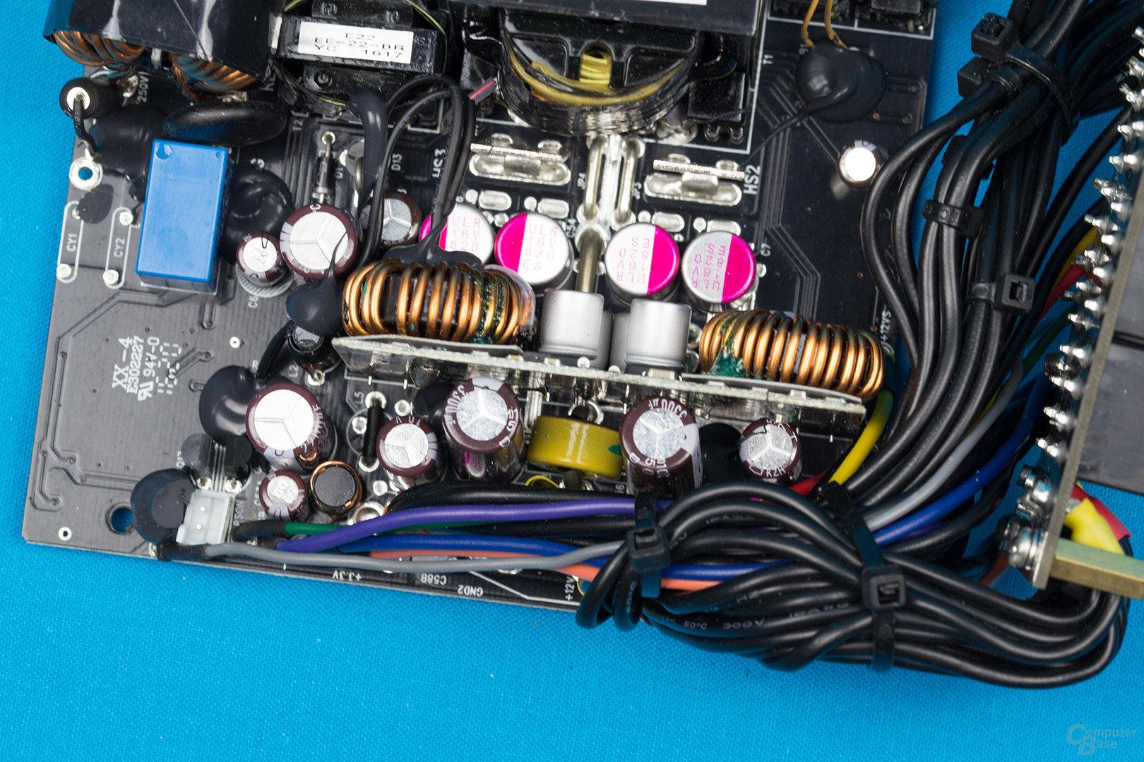 Enermax Platimax D.F. 500W – Sekundärseite