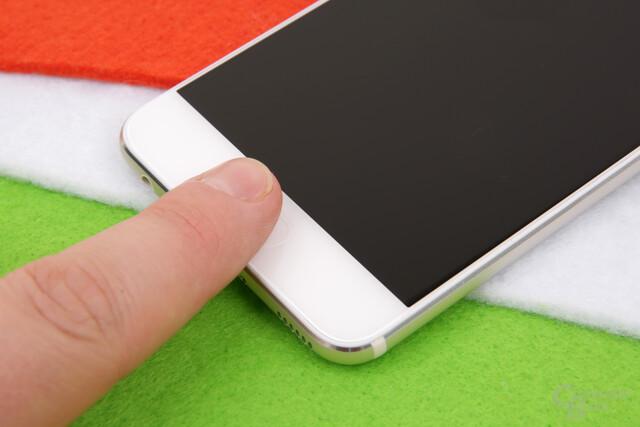 Fingerabdrucksensor auf der Vorderseite