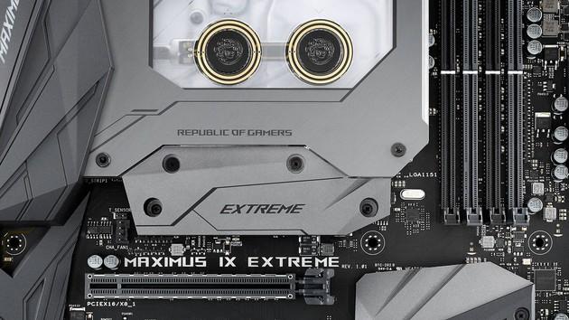 Asus ROG Maximus IX Extreme: High-End-Mainboard mit Wasserkühler kostet 699Euro