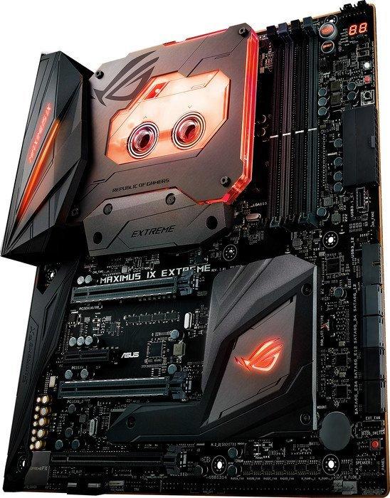 Asus ROG Maximus IX Extreme – Diverse Taster und Flashback USB-Port helfen beim Übertakten