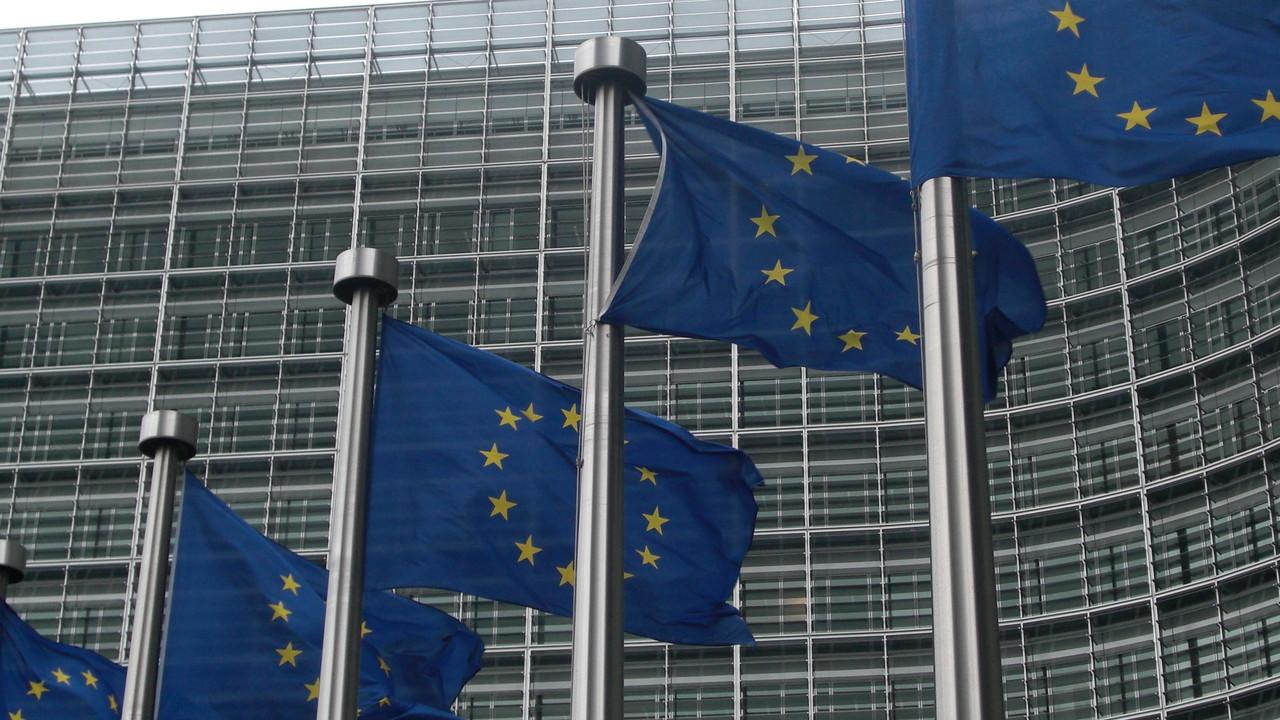 EU-Verbraucherschutz: Facebook, Google und Twitter droht Ärger