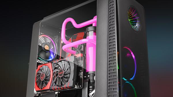 Thermaltake View 28 RGB: Knickfenster-Gehäuse um RGB-Beleuchtung ergänzt