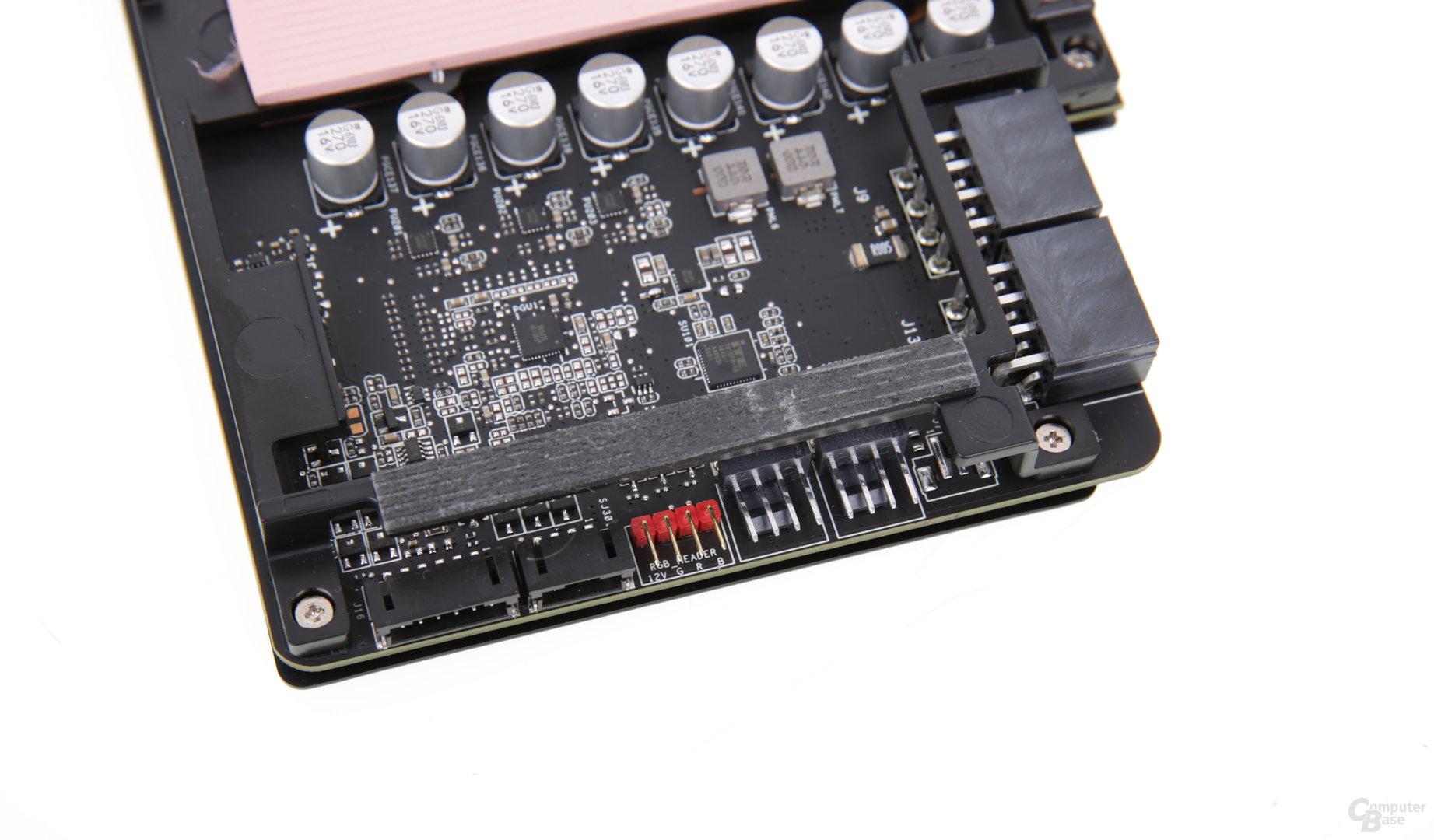 Anschlüsse für zwei Gehäuse-Lüfter und eine externe RGB-LED