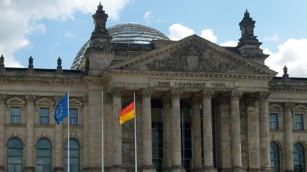 Bundestag: Gesetz für autonomes Fahren beschlossen