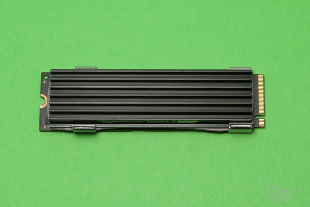 Aqua Computer kryoM.2 micro auf Samsung 950 Pro