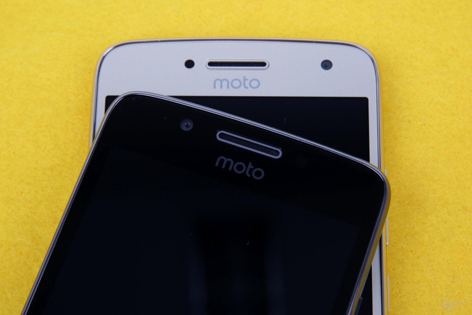 Moto-Logo auf beiden Vorderseiten
