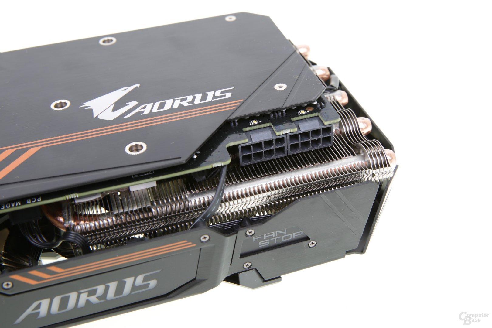 Zwei Mal 8-Pin-PCIe
