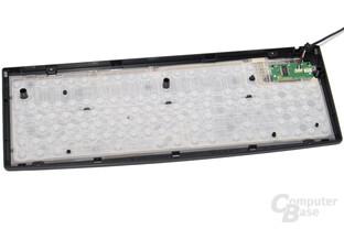 Die Gummiglocken erzeugen den Druckpunkt und pressen zwei Leiterfolien zusammen