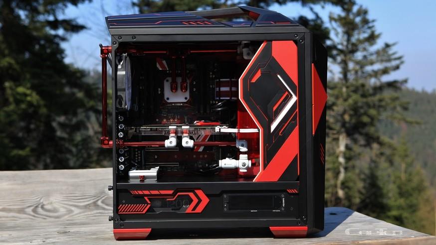 """Aus der Community: CapTens Casemod """"SL5t"""" ist ein PC im Mainboard-Design"""
