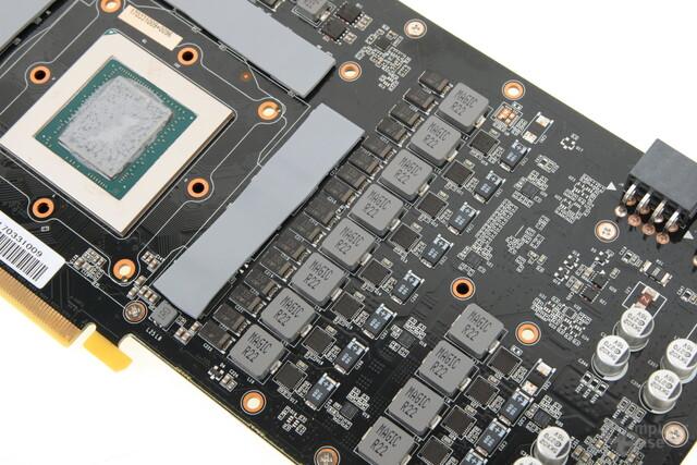 Die Spannungsversorgung hat 12+2 Phasen (GPU+GDDR5X)