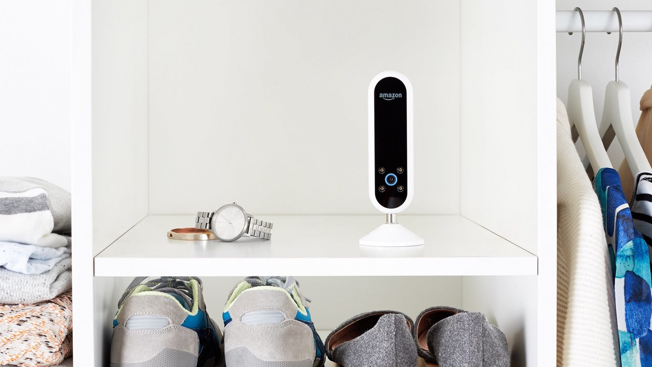 Amazon Echo Look: Smarte Kamera mit Alexa gibt Styling-Tipps