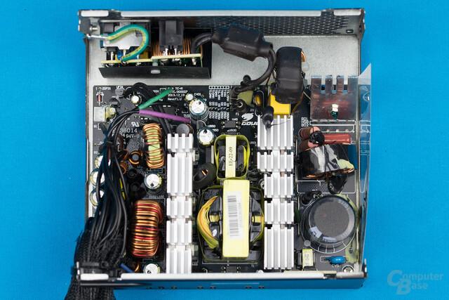 Cougar VTX 450W – Überblick Elektronik
