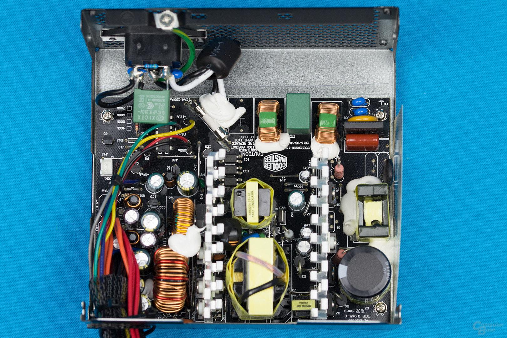 Cooler Master MasterWatt Lite 500W – Überblick Elektronik