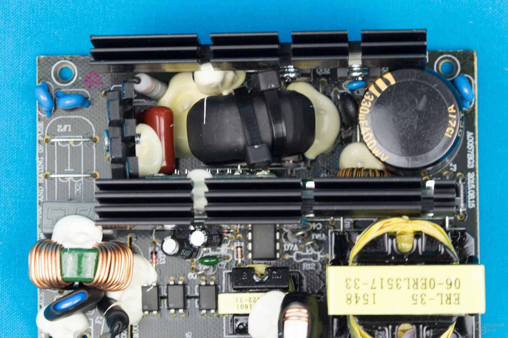 XFX XT500 (erste Revision) – APFC und Double-Forward-Konverter