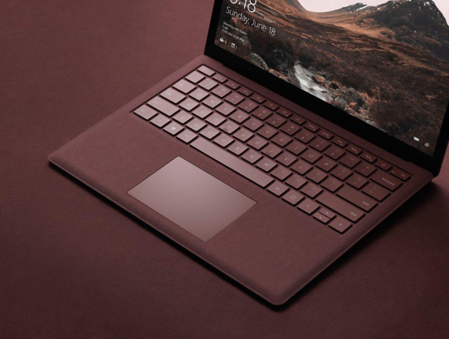 Microsoft Surface Laptop mit Alcantara-Tastatur