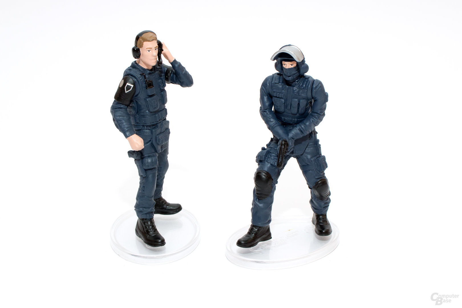 Auch bei den SEK-Beamten lässt sich nur eine Figur bewegen