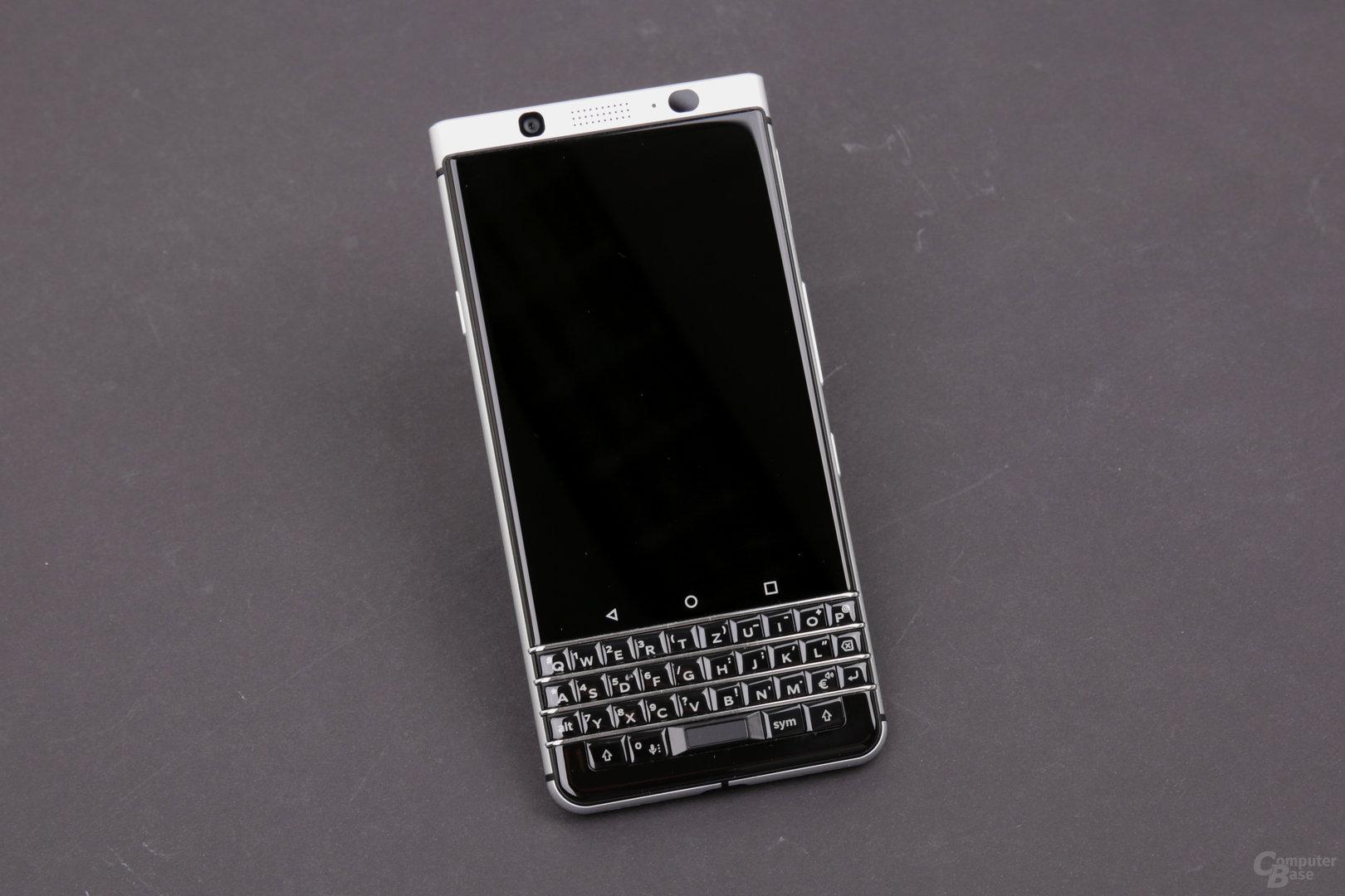 BlackBerry KeyOne mit 3:2-Display und physischer Tastatur darunter