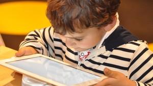 Studie zum Medienkonsum: Zuviel Nutzung schadet Kindern und Jugendlichen