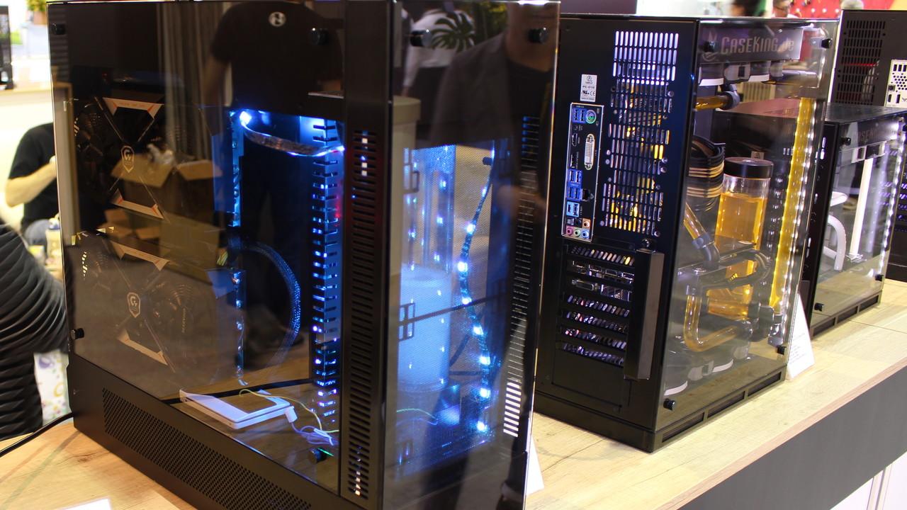 Lian Li: Viel Alu, mehr Glas und erster CPU-Kühler