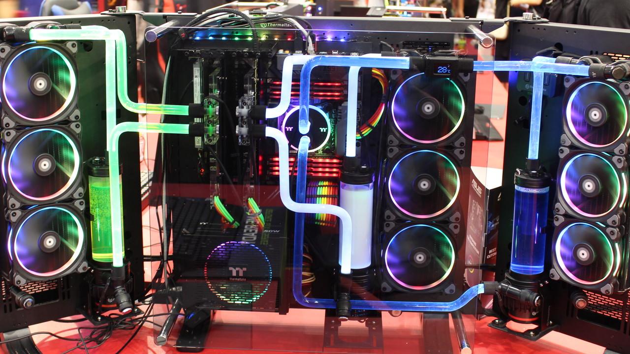 """Thermaltake: RGB-Produkte machen den Rechner zur """"Disco"""""""